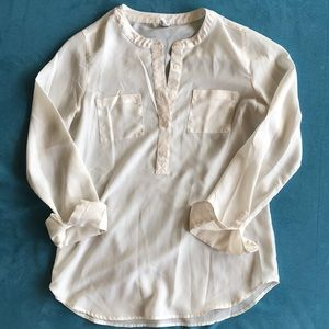 Off white old navy blouse